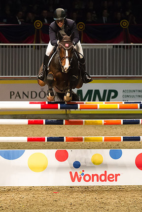 Thumbnail for Beezie Madden Soars to Win in $36,000 Horseflight Speed Cup at Split Rock