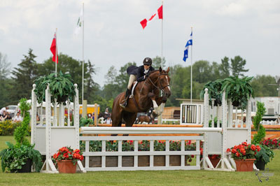 Thumbnail for Ainsley Vince Takes $10,000 Hunter Derby