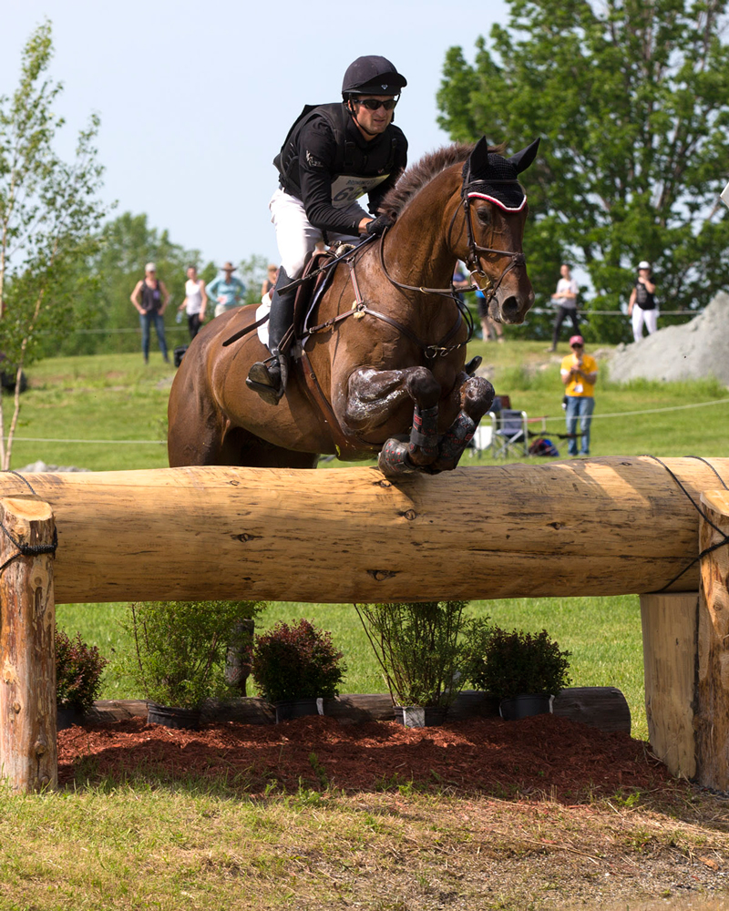 Thumbnail for Waylon Roberts Leads CCI2* at Pedigree Bromont Three-Day Event