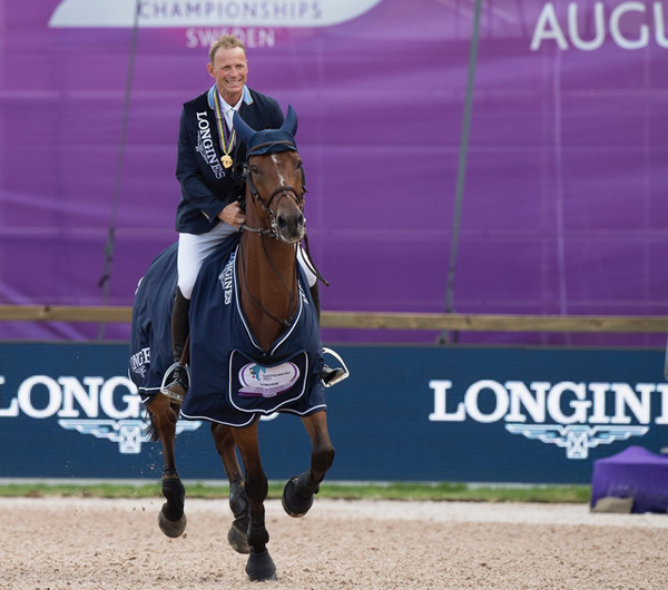 Thumbnail for Fairytale finish as Sweden's Fredricson wins Jumping title