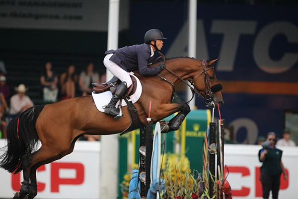 Thumbnail for Kent Farrington Wins Friends of the Meadows Cup