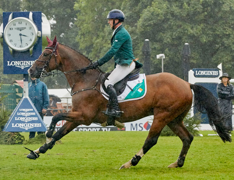 Thumbnail for Ireland Beats Out Great Britain at Hickstead