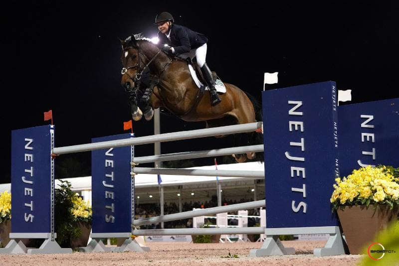 Thumbnail for Deslauriers and Amsterdam 27 win $72,000 NetJets Grand Prix at WEF