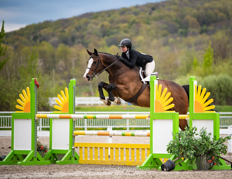 Thumbnail for Kennedy Ballard captures CET Medal at National Bromont