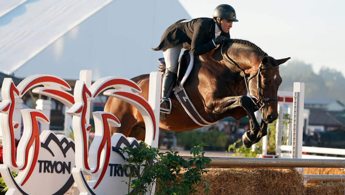 Thumbnail for Hunter Derbies Hotly Contested at Tryon International Equestrian Center
