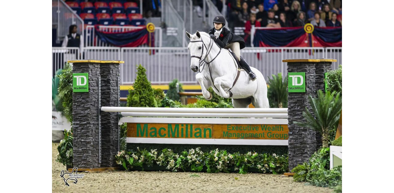 Thumbnail for Leanna Lazzari Tops $25,000 Knightwood Hunter Derby
