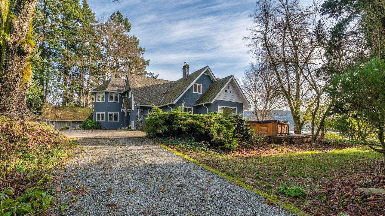 Thumbnail for $2,940,000 for a piece of equestrian heaven in Duncan, British Columbia