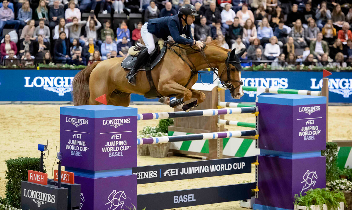 Thumbnail for Steve Guerdat gets new year off to a great start with Swiss victory