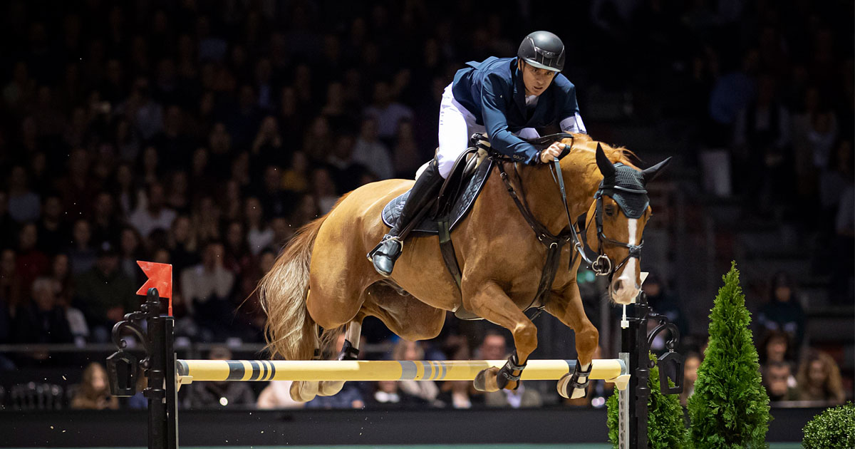 Thumbnail for Steve Guerdat has brilliant win with Victorio Des Frotards in Bordeaux