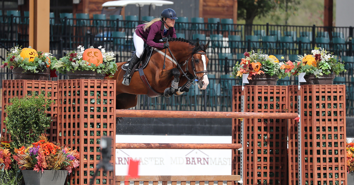 Thumbnail for VanderVeen and Divine Fortune Win $25,000 Tryon Resort Grand Prix
