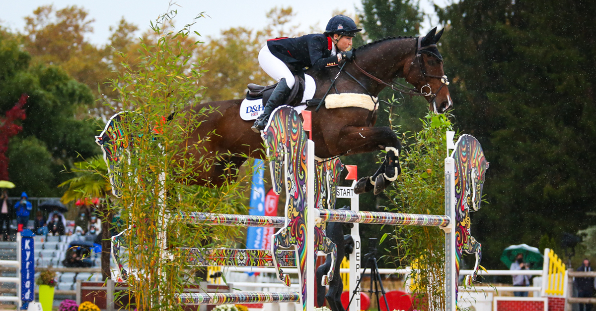 Thumbnail for Laura Collett Earns Wire-to-Wire Win in the CCI5*-L at Pau