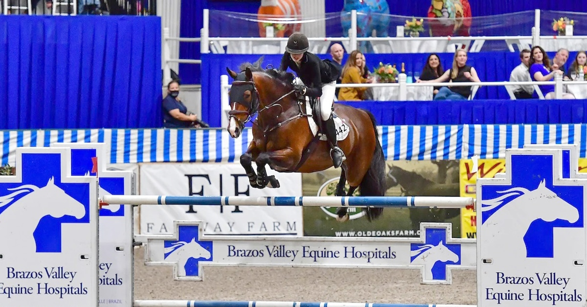 Thumbnail for 15-Year-Old Carlee McCutcheon Reins in First Grand Prix Win