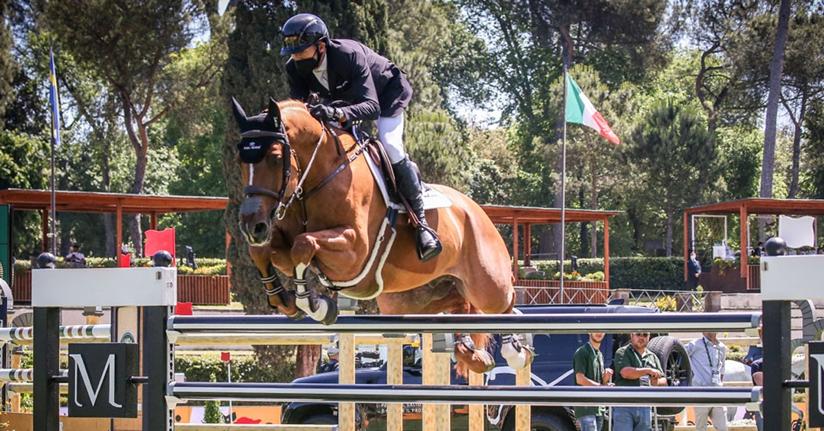 Thumbnail for Eric Lamaze Takes MAG Prize with Chacco Kid at CSIO Rome